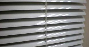 Grey Horizontal 25mm Aluminium Venetian Blind, Rs 130 /square feet .