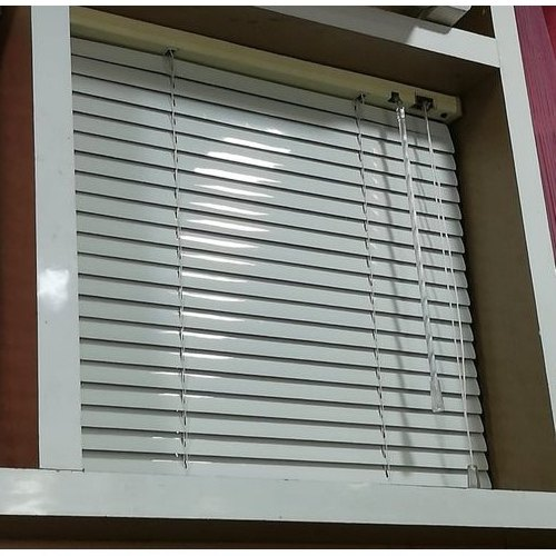 White Window Aluminium Venetian Blind, Rs 110 /square feet, Dw .