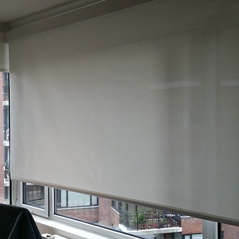 Motorized Window Blinds,Automatic Window Shade,Remote Control .
