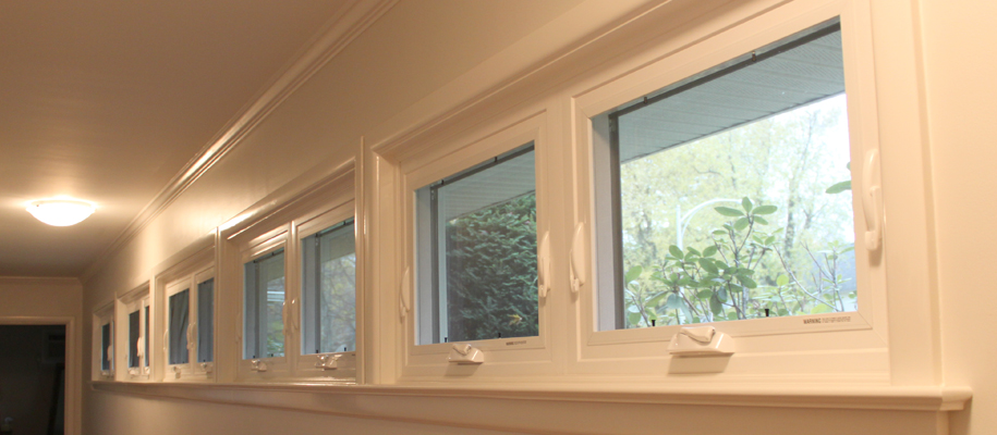 Awning Windows | Viwinco Windo