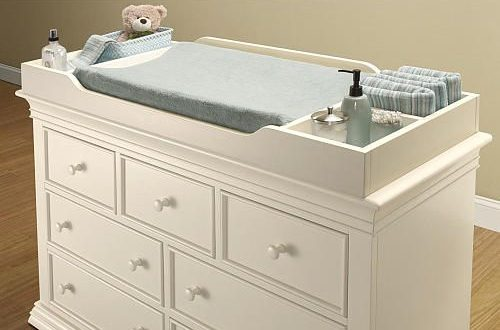 This quality crafted Sorelle Verona Dresser Changing Topper is .