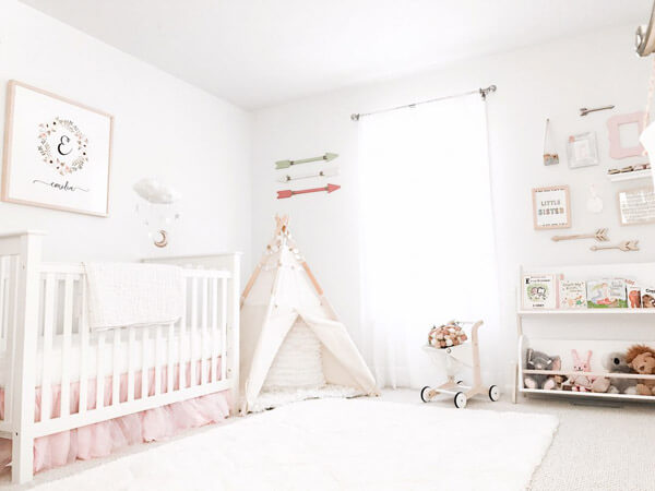 Possible Ideas For Decorating A Baby Girls Bedroom - Decorifus