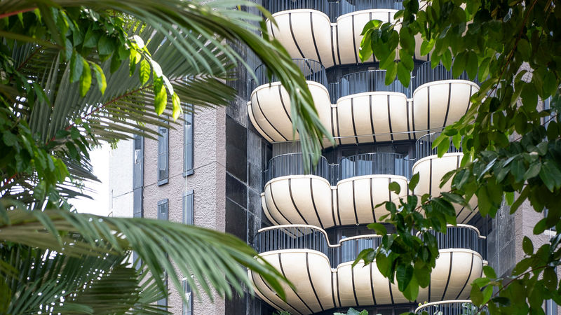 Shell-Like Balcony Designs : unique balco