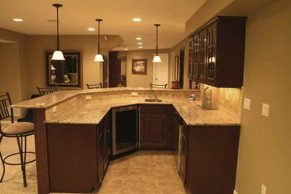 Basement Wet Bar Ideas | wet bar with granite counter, mosaic tile .