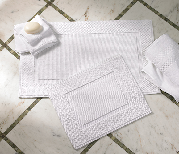 The Ritz-Carlton Hotel Shop - Bath Rugs - Luxury Hotel Bedding .