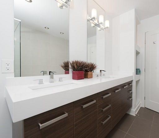 Rock Your Reno with These 11 Bathroom Mirror Ide
