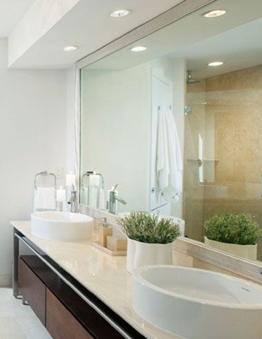 Recessed Lighting in Modern White Bathroom | Inexpensive bathroom .
