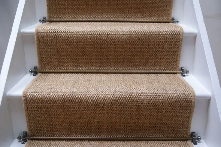 hessian carpet stairs - Google Search | Carpet stairs, Stair .