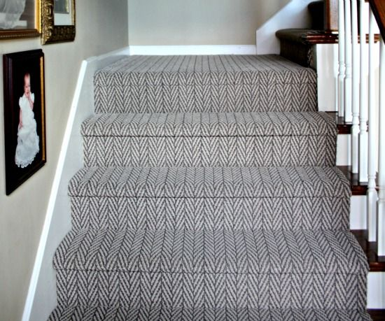 Around the House and Some Links I'm Loving | Living room carpet .