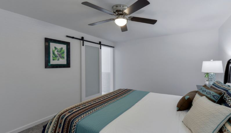 Top 7 Best Ceiling Fans for Small Rooms with Low Ceilin