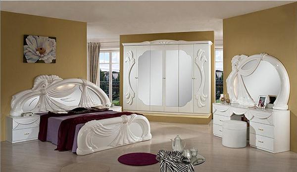 20 Timeless Traditional Bedroom Furniture | Home Design Lov