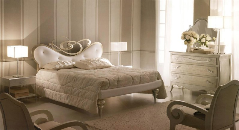 Classic bedroom furniture - Classical Italian bedrooms prices .