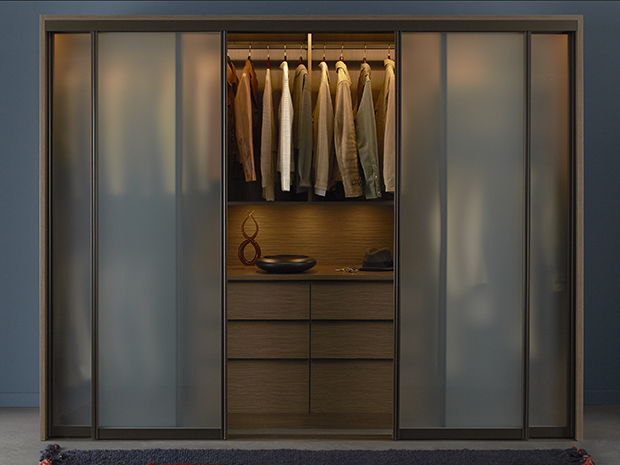 Maximize Your Closet Space with Sliding Doors - California Close
