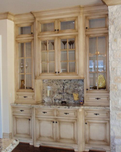kitchen cabinets, beige, rustic, distressed | Country style .