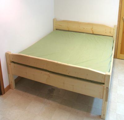 Double bed pl