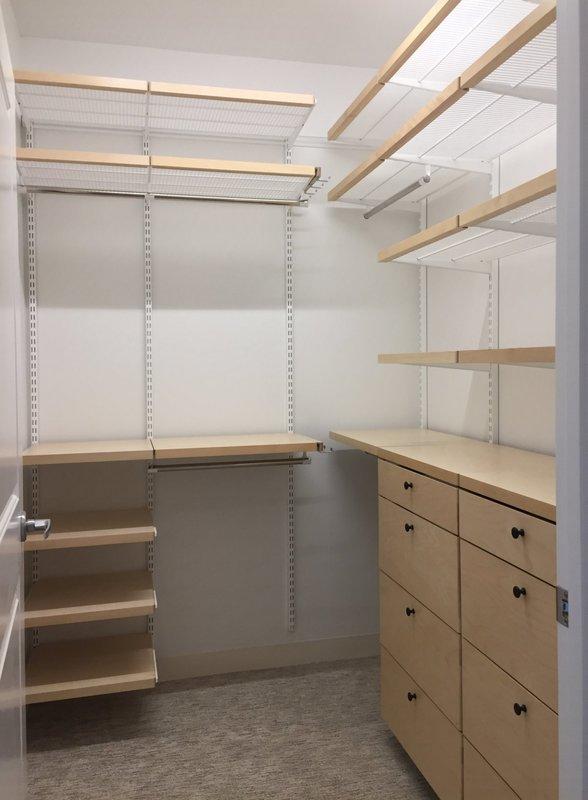 The Joy of a Fresh Closet - Barbara Philli