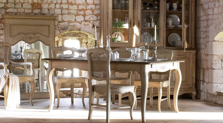 French Country Dining Table | Laurel Crown Furnitu