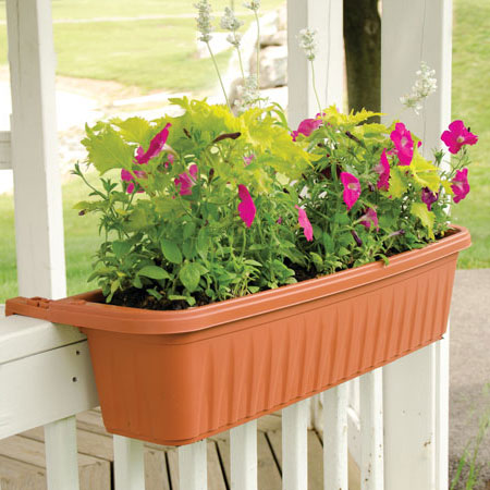 Garden Planters - Container Gardening Supplies at Gardener's Ed