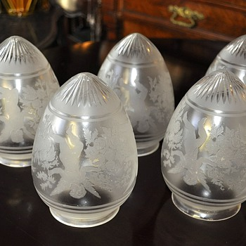 Antique glass lamp shades Saint Louis | Collectors Week
