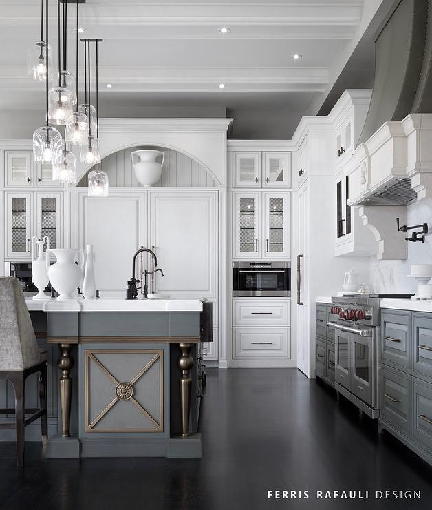 These 15 Grey and White Kitchens Will Have You Swooni