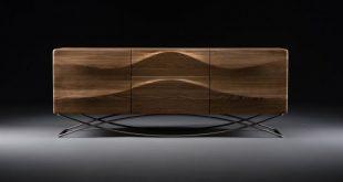 Artisan Designer, manual producer of high-end furniture in solid .