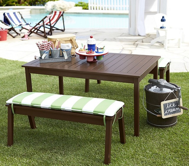 Guest Picks: Kid-Friendly Outdoor Seats and Tabl