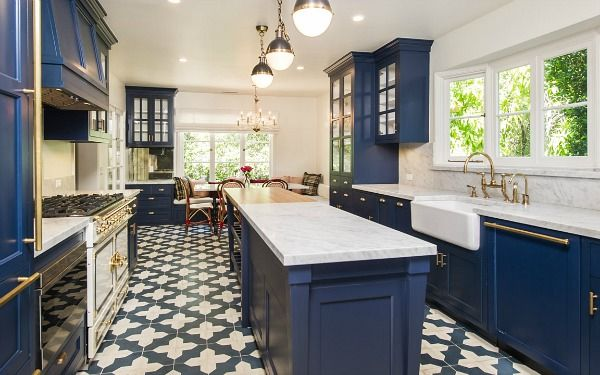 Blue and White Kitchen Inspirati