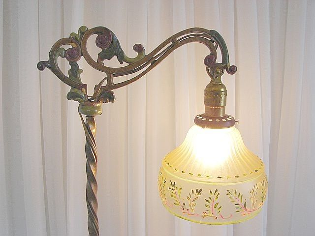 Lamp shades for old fashioned floor lamps | Vintage floor lamp .