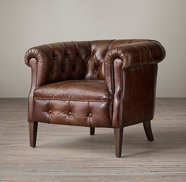 1930s English Tufted Leather Tub Cha