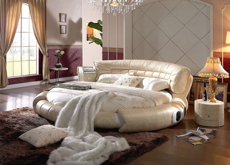 Luxury Beds: Their Importance In Making A Room Luxurio