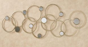 Bristow Overlapping Circles Abstract Metal Wall A
