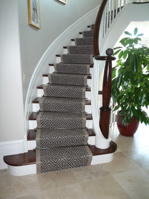 Curving Stair Runner - Modern - Staircase - Ottawa - by Personal .
