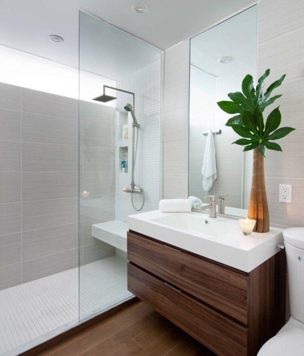 The Luxury Look of High-End Bathroom Vanities | Modern small .