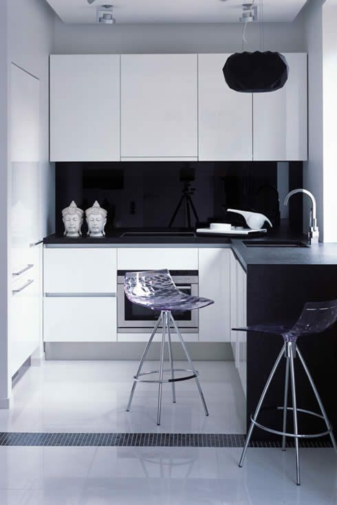 4 - Λευκές επιλογές | Small apartment kitchen, Small modern .