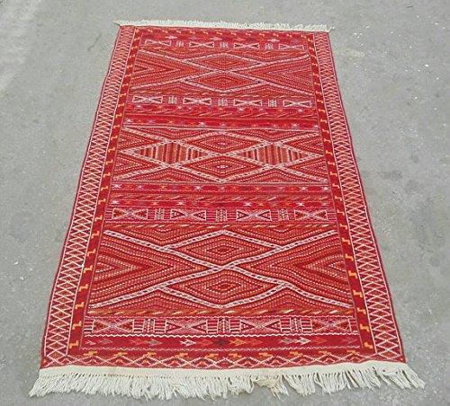 Amazon.com: Red Moroccan rug, red kilim rug, morrocan rug .