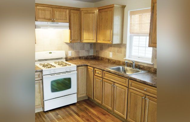 Harvest Oak Pre-Assembled Kitchen Cabinets | Classic kitchen .