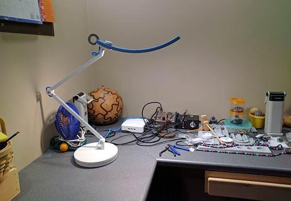 BenQ WiT e-Reading LED desk lamp review – The Gadgete