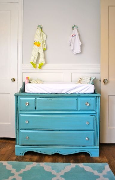 I would love to find an old dresser like this to refinish. | Baby .