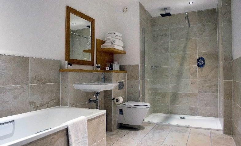 Project Spotlight: Roca bathrooms at Kingsmills Hotel, Inverness .