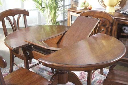 round oak pedestal table with butterfly leaf | Dining room table .