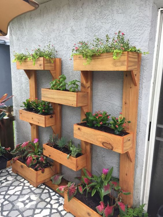 Patio Decorating Ideas: 25+ Simple and Easy DIY Ideas on a Budg
