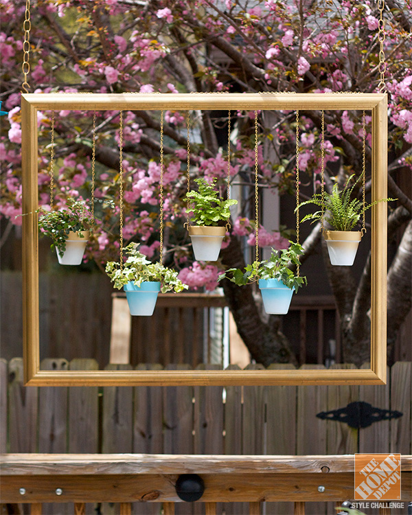 Outdoor Decorating Ideas: Vertical Gardens and Hanging Garde