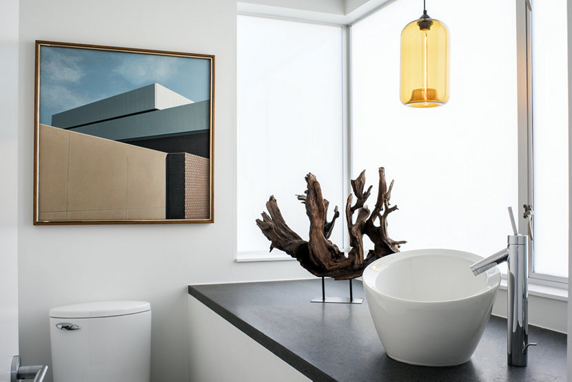 4 Ways to Utilize Modern Bathroom Pendant Lights in Your Ho