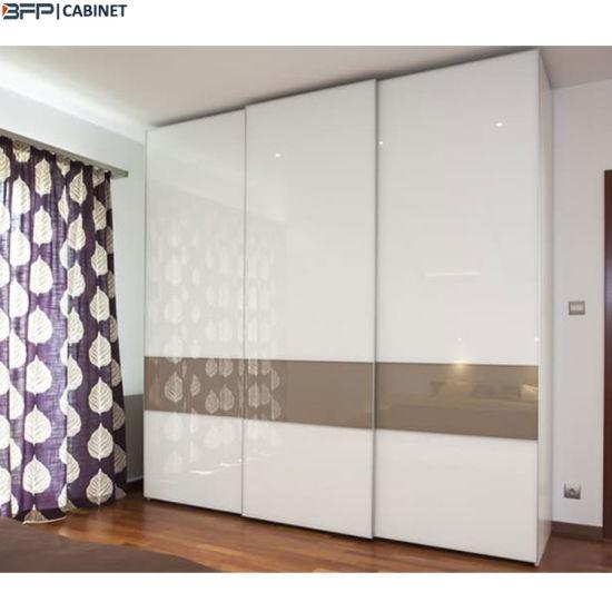 China Custom Simple Designs Modern MDF Sliding Door Wardrobe .