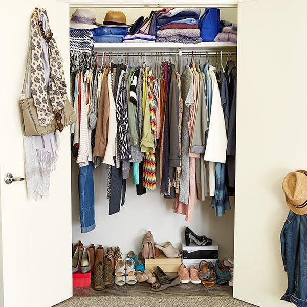 How To Maximize Space In A Small Closet - Step-By-Step Project .