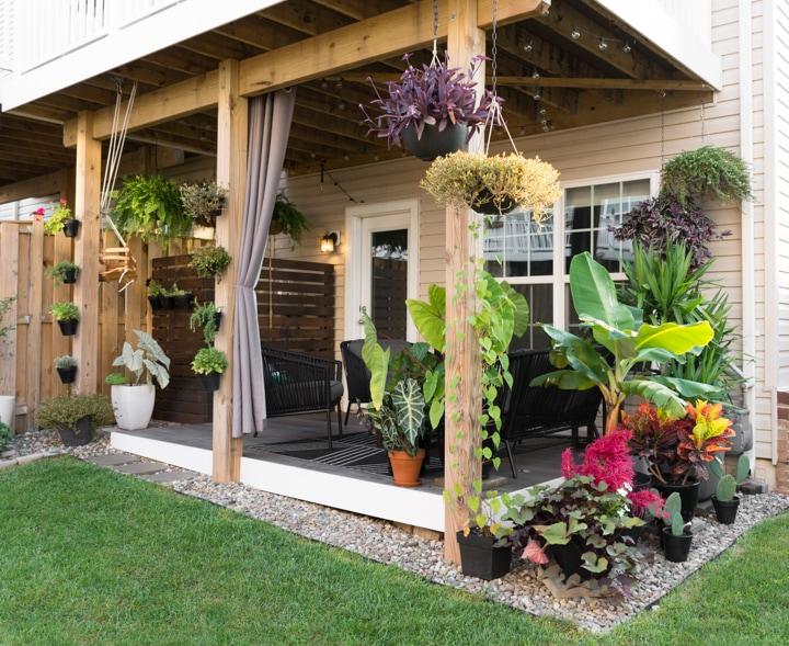 Small Townhouse Patio Ideas: My Tiny Backyard This Summ