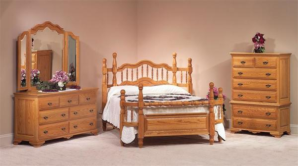 Oak Wrap Around Four Piece Bedroom Set from DutchCrafters Ami