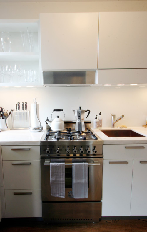 10 Big Space-Saving Ideas for Small Kitche