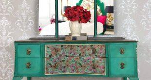 Upcycled Painted Vintage Furniture Makeup Vanity with Mirror | Et