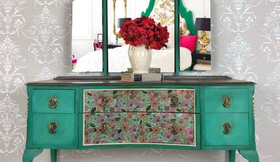 Upcycled Painted Vintage Furniture Makeup Vanity with Mirror | Et